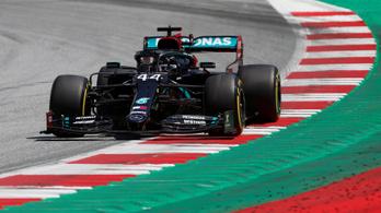 Hamilton uralja a mezőnyt, mindhárom edzés az övé Ausztriában
