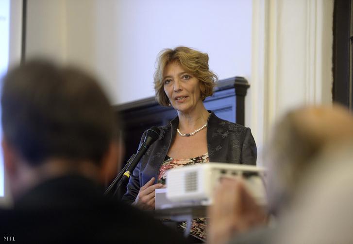 Fendler Judit egy 2015-ös előadáson