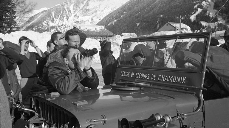 Élet-halál harc és médiacirkusz volt a világ legnézettebb hegyi mentése