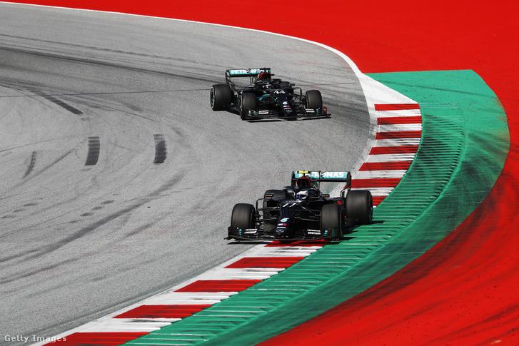 Valtteri Bottas és Lewis Hamilton az Osztrák Nagydíjon