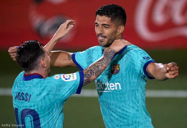 Luis Suárez ünnepli gólját