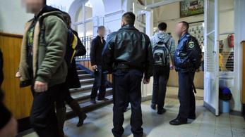 Egyházi és magániskolákban egyelőre nem lesznek iskolaőrök