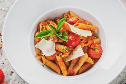 A legfinomabb olasz tészta - Sütőben sült fűszeres paradicsom gazdagítja