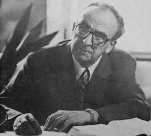 """Szalai Sándor (""""A szociológia a politika felvonulási területe"""" - Dokumentumok a hetvenes évek szociológiai életéről: Válogatás Szalai Sándor hagyatékából című könyv borítófotója)"""