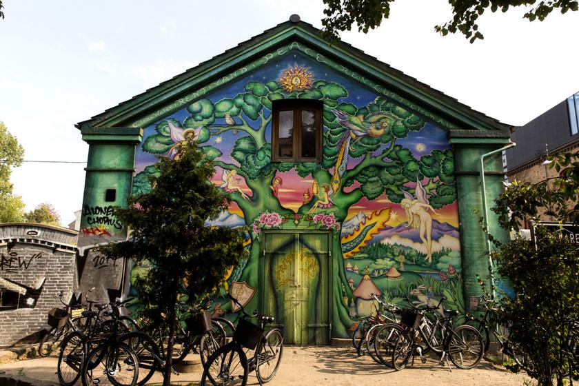 Így néz ki a valóságban a törvényen kívüli városrész: Koppenhága legkedveltebb alter helye a turisták szerint