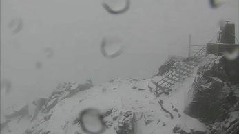 160 km/órás szél Horvátországban és havas Magas-Tátra