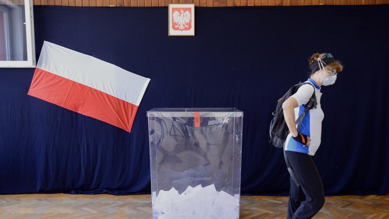 Hajszálon múlhat a lengyel elnökválasztás