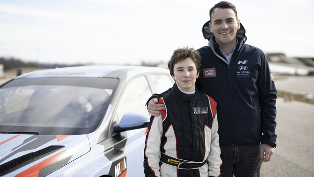 12 éves versenyző Michelisz Norbert csapatában