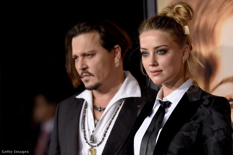 Heard ügyvédje ezzel szemben mindent tagad, és azt közölte, hogy Depp magának okozta a sérülést, ami miatt elvesztette egyik ujjpercét, és a sérült kezével, a saját vérével írt a bérlakásuk falára arról, hogy Heard megcsalta őt, de ez nem igaz.Depp összefoglalója szerint az exfelesége számító, diagnosztizált borderline személyiségzavaros illető