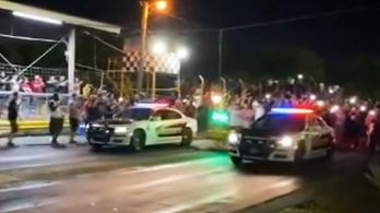 Szolgálati autójukkal indultak gyorsulási versenyen ezek a rendőrök