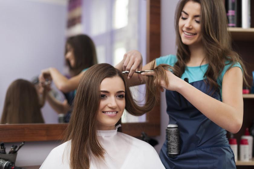 Előtte-utána képeken mutatja meg a fodrász, mire képes egy jó frizura: teljesen megváltoztatja a külsőt