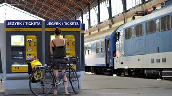 Kerékpárszállítás a vonaton: sorsjátékkal egybekötött kalandtúra