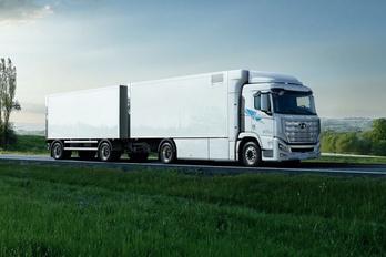 Elkészültek az első üzemanyagcellás Hyundai teherautók