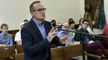 Újraindult az MSZP volt elnökhelyettesének büntetőpere