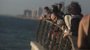 Izraelt telibe kapta a koronavírus második hulláma
