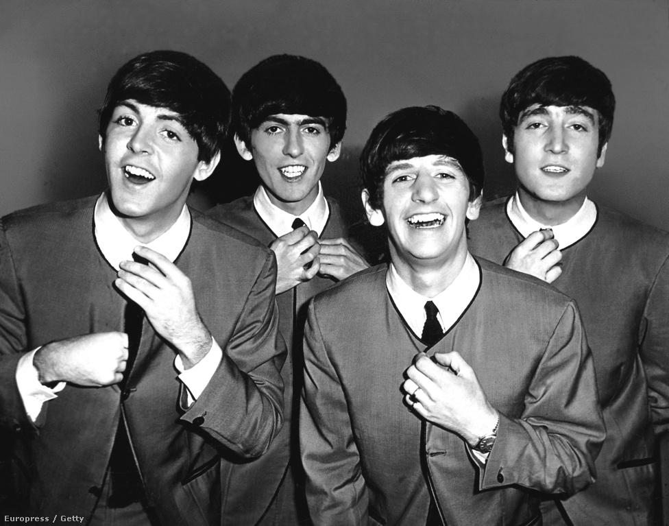 A Beatles végleges felállása a lutoni Odeon moziban, 1963-ban: Paul McCartney basszusgitáros-énekes, George Harrison gitáros-énekes, Ringo Starr dobos és John Lennon gitáros-énekes. Starr nem alapítótagja a zenekarnak, ő Pete Bestet váltotta 1962-ben, illetve az eredeti tagok közé tartozik még az ugyanebben az évben elhunyt Stuart Sutcliffe basszusgitáros, akit a mai napig többen úgy emlegetnek, mint az ötödik beatle-t.