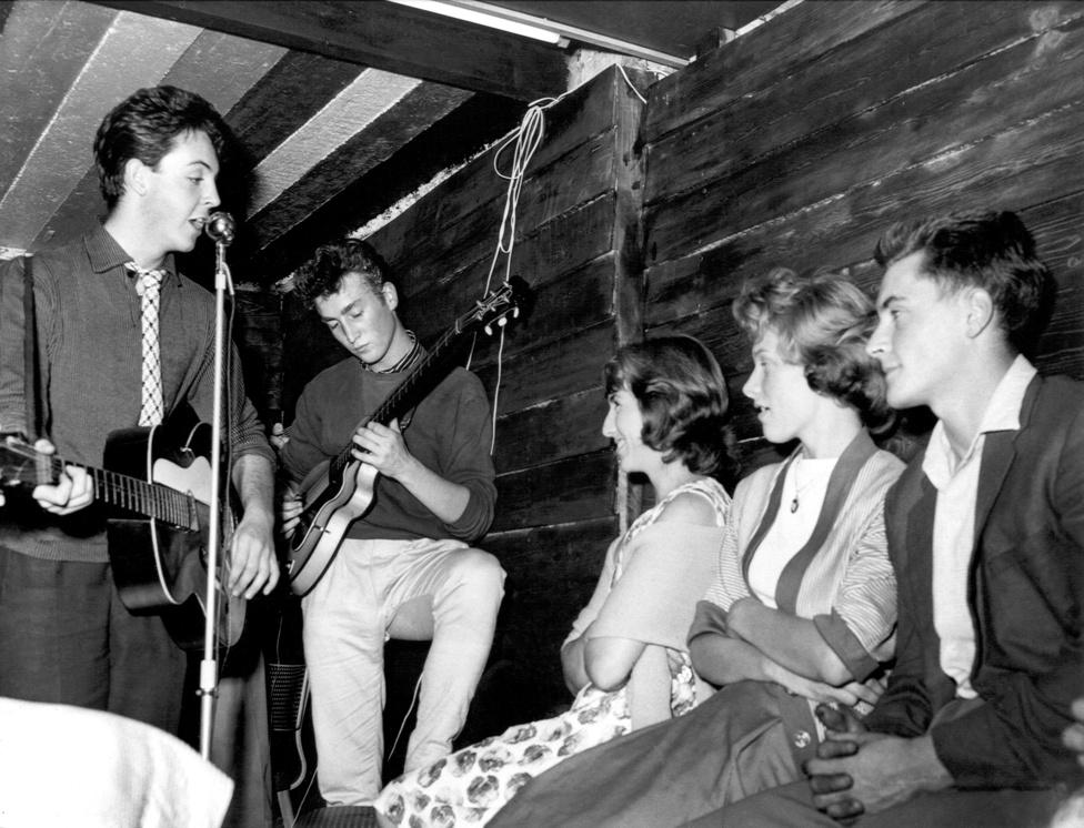 John Lennon, Paul McCartney és George Harrison a Quarrymenben játszottak a Beatles előtt. A skiffle-zenekart Lennon alapította 1956-ban, majd négy évvel később vége is lett a Beatles miatt. Az együttes amúgy 1997 óta ismét létezik, és a John Lennon's Original Quarrymen illetve a The Quarrymen – The Band That Became The Beatles neveken turnéznak.