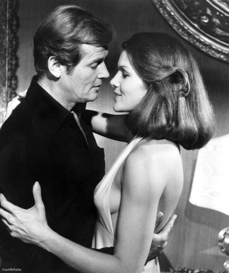 A James Bond-franchise mindig is jó érzékkel lovagolta meg a popkulturális divatot, de a 77-es Star Wars farvizén evezgető, űrbázisos-lézerfegyveres Holdtkelte 1979-ből biztosan nem tartozik a rajongók kedvencei közé. Pedig csábításban és űrhajóvezetésben is profi CIA-ügynöknő (Lois Chiles) az egyik legdögösebb Bond-lány a sorozatban.