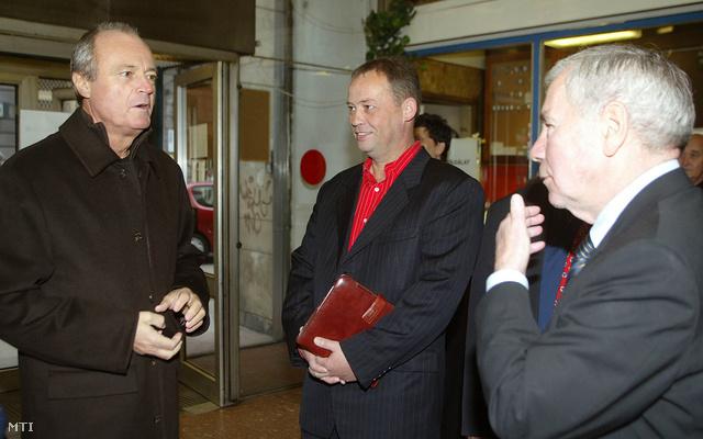 Medgyessy Péter, Szanyi Tibor és Horn Gyula (2005)