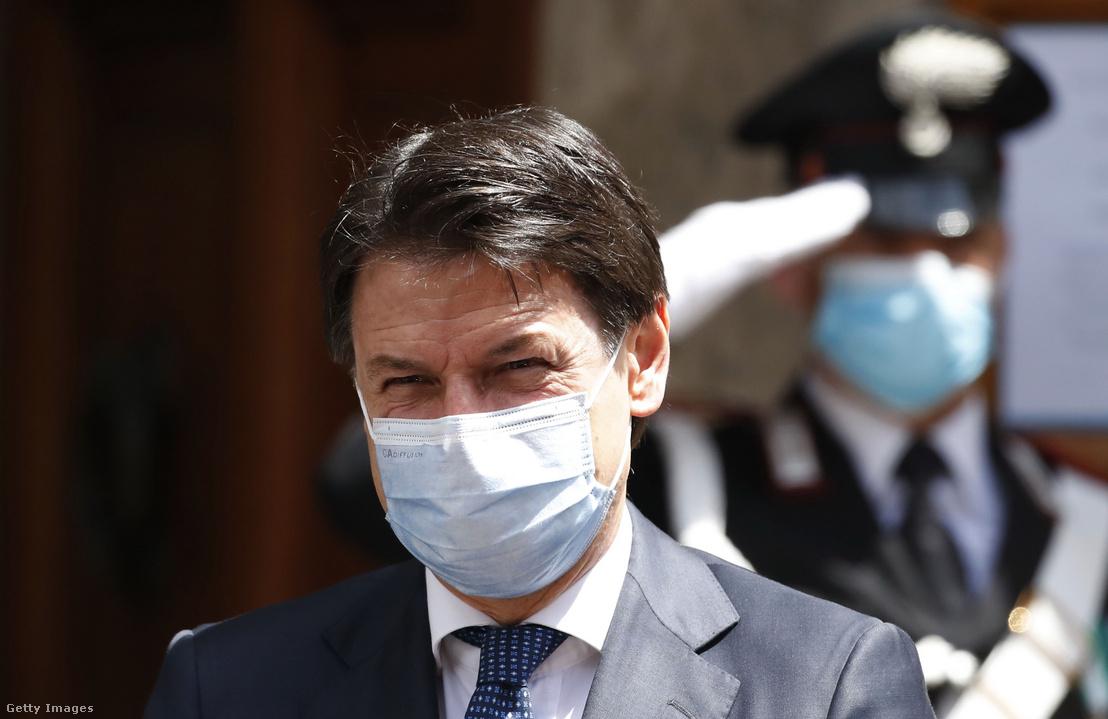 Giuseppe Conte 2020. május 20-án Rómában.