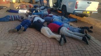 Túszdráma Johannesburgban: öt embert megöltek egy templomnál