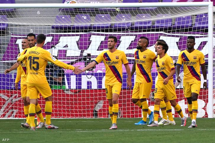 A Barcelona ünnepli Vidal gólját a Real Valladolid ellen