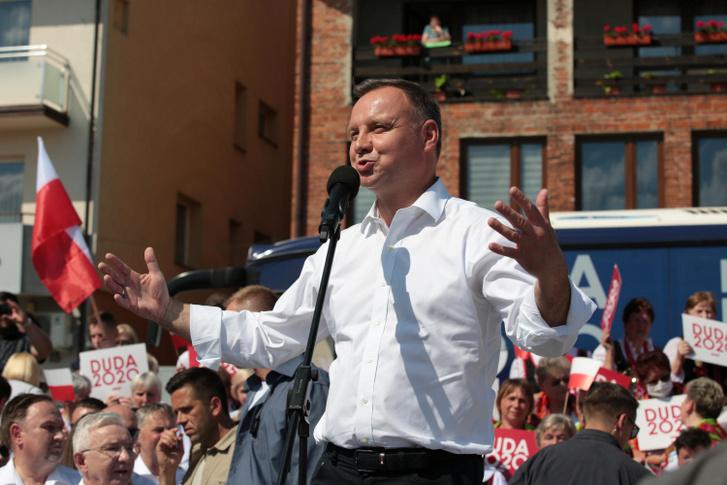 Andrzej Duda lengyel elnök egy kampánygyűlésen Starachowicében, 2020. július 6-án.