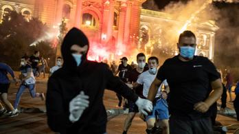 Folytatódtak a tüntetések Belgrádban a kormány ellen