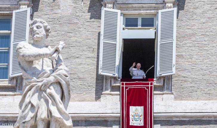 A pápa beszéde július 12-én.
