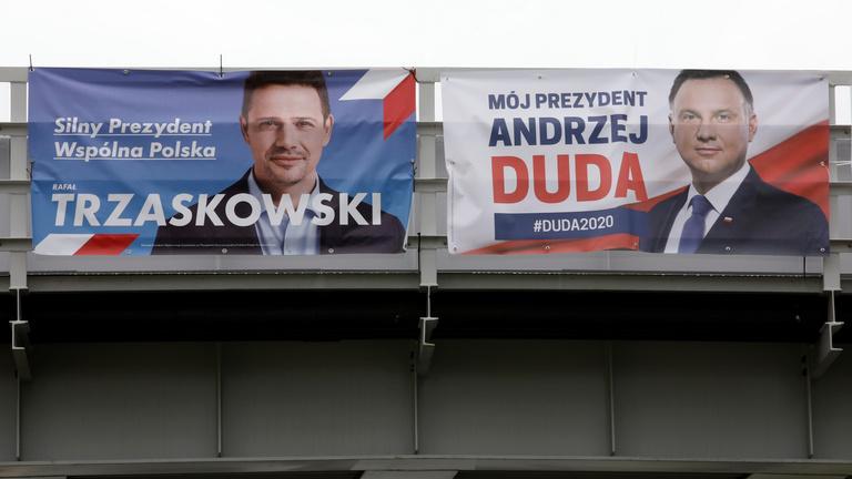 Szoros az eredmény, de nyerésre áll a lengyel illiberális állam