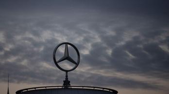 Tizenötezer fős létszámcsökkentés is kevés lehet a Daimlernél