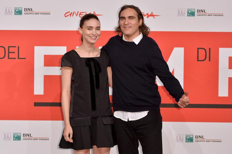 Joaquin Phoenix tavaly nyáron jegyezte elRooney Marát