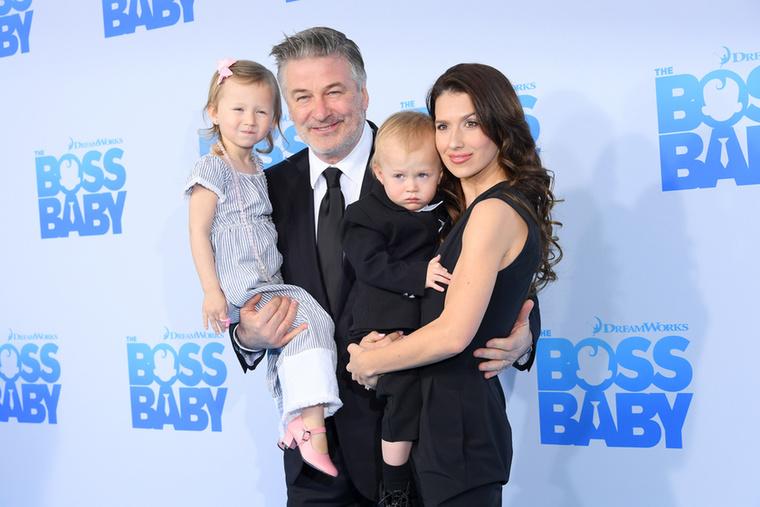 A Baldwin házaspár egészen biztosan imádnak szülők lenni: bár már négy gyerekük van, nem álltak le a baba projekttal:Hilaria Baldwin ötödik gyermekével terhes
