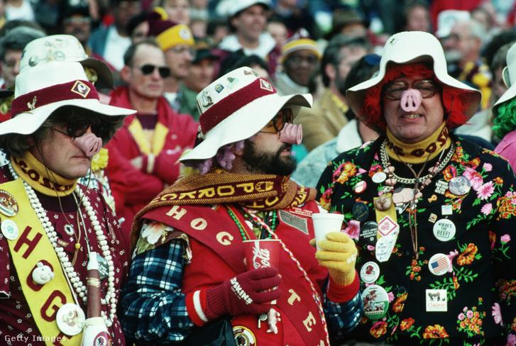 A Hogs becenevet viselő Redskins-szurkolók