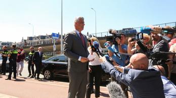 Megérkezett Hágába a különleges ügyészség elé idézett Hashim Thaçi koszovói elnök