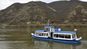 Két új hajójárat is indul a Dunakanyarban 500 forintos jegyárral