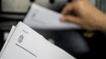 Adatvédelmi hatóság: Fennáll a veszély, hogy szimpatizánsi adatbázis építhető a nemzeti konzultációs kérdőívekből