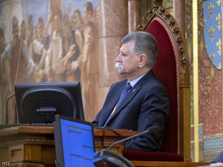 Kövér László az Országgyűlés plenáris ülésén 2020. július 13-án