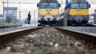 Tíz vasútvonalon visszaáll a régi menetrend