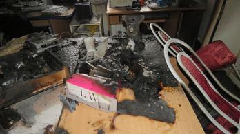 Kirabolták a mátyusi polgármesteri hivatalt, majd fel is gyújtották