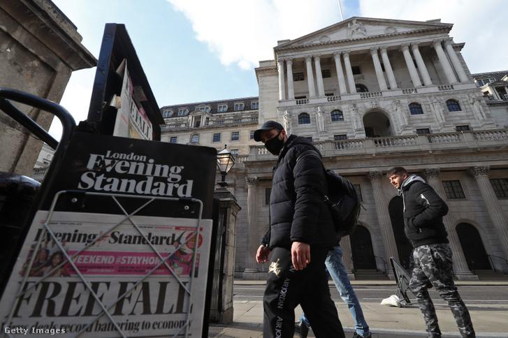 A Bank of England épülete 2020. április 3-án, Londonban.