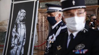 Újra Franciaországba kerül Banksy ellopott graffitije