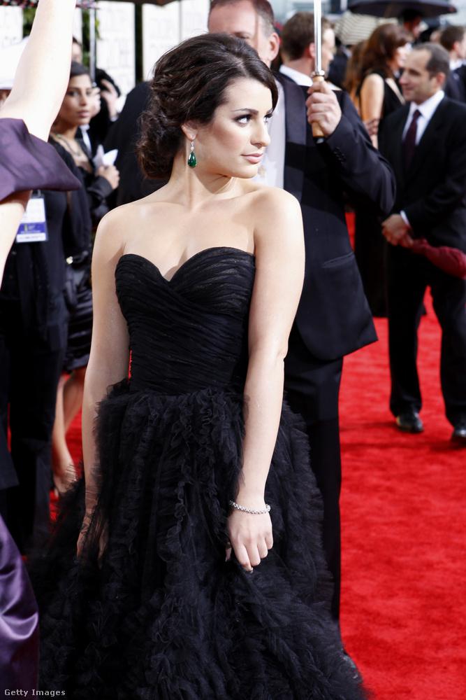 Most következzen Lea Michele, aki Rachel Berryt alakította a Glee-ben, és kvázi a sorozat főszereplője volt