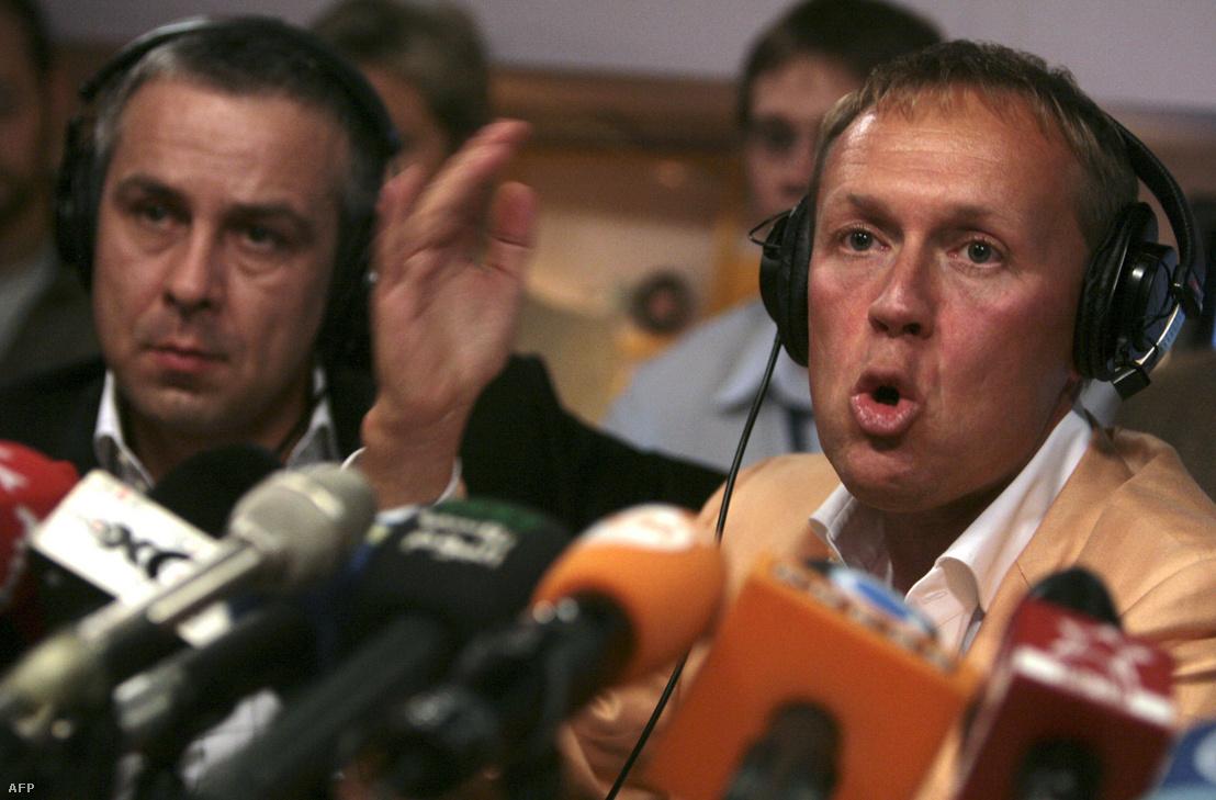 Kovtun és Lugovoj egy moszkvai rádióban tartott sajtótájékoztatón 2007 augusztusában