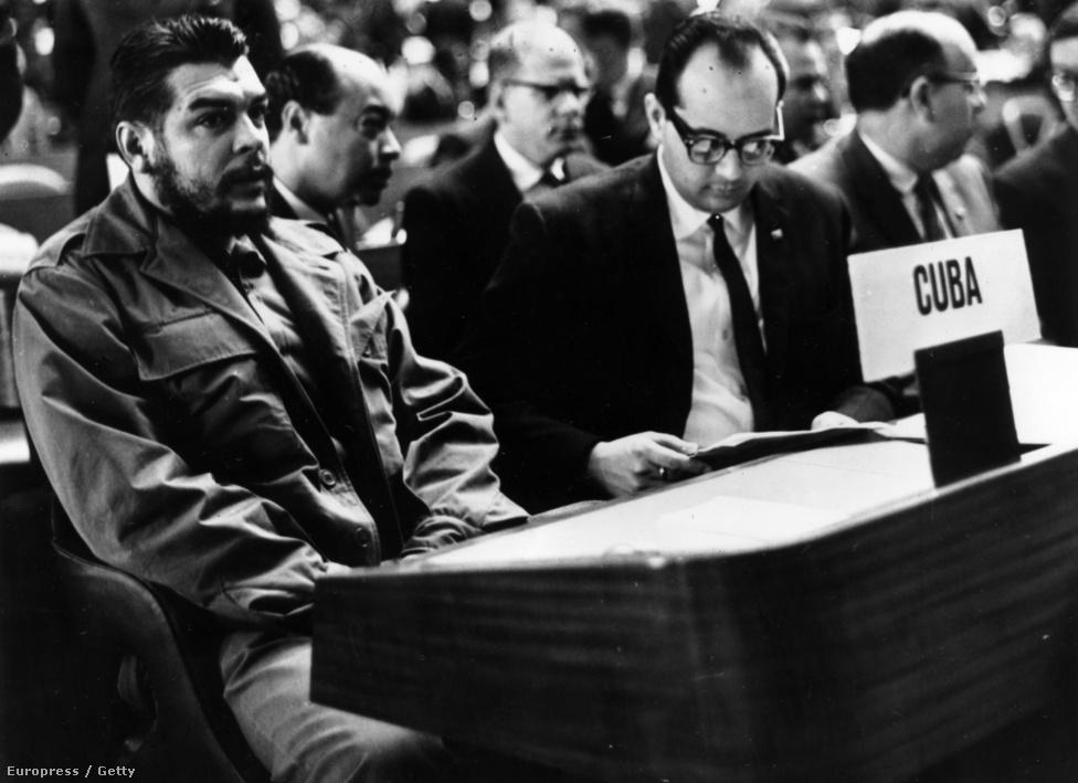 Che Guevara az ENSZ közgyűlésén, a kubai delegáció tagjaként, 1965. augusztus 28-án.
