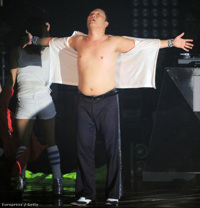 Psy - koncert Szöulban