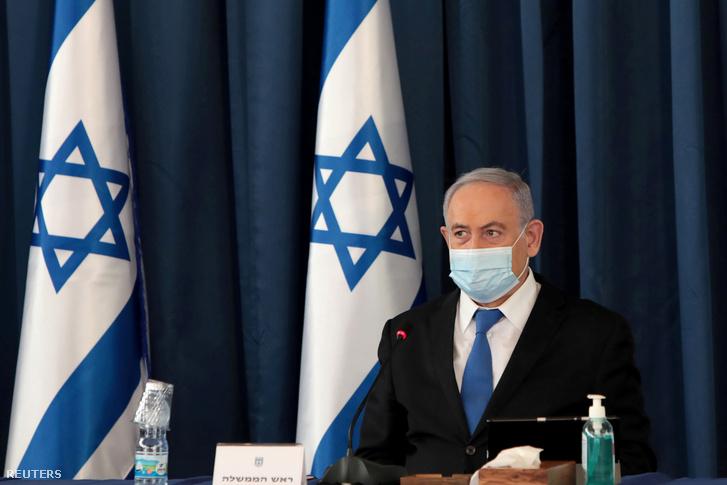 Benjámin Netanjahu izraeli miniszterelnök a heti kabinetülésen Jeruzsálemben 2020. június 14-én.