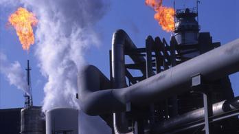 Megegyeztek a világ legnagyobb olajcégei, hogy csökkentik a CO2-kibocsátásukat