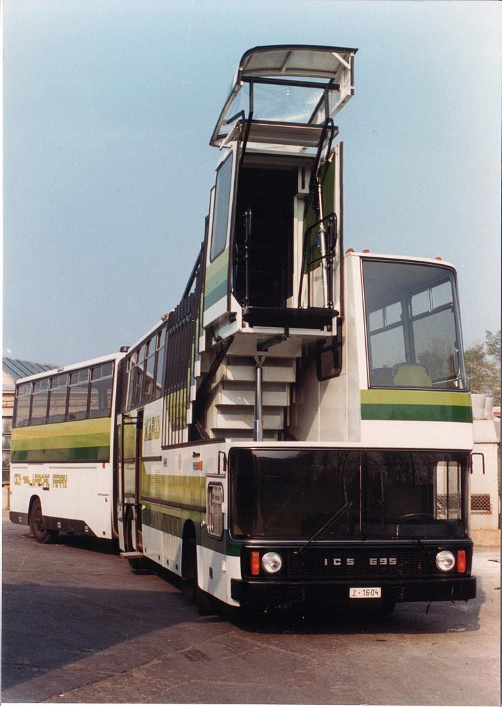 Egy Ikarus 695-ös Forrás: Közlekedési Múzeum