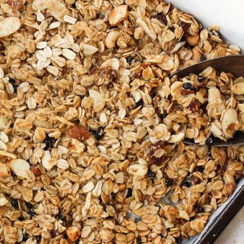 Villámgyors, ropogós házi granola – Egészséges és tápláló reggeli